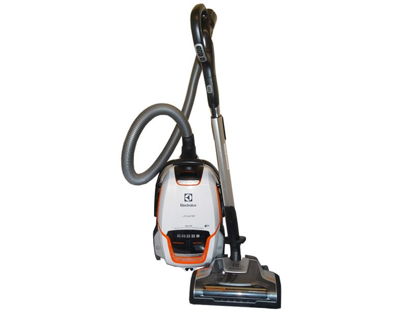Best Canister Vacuum Cleaners That Combat Pet Hair