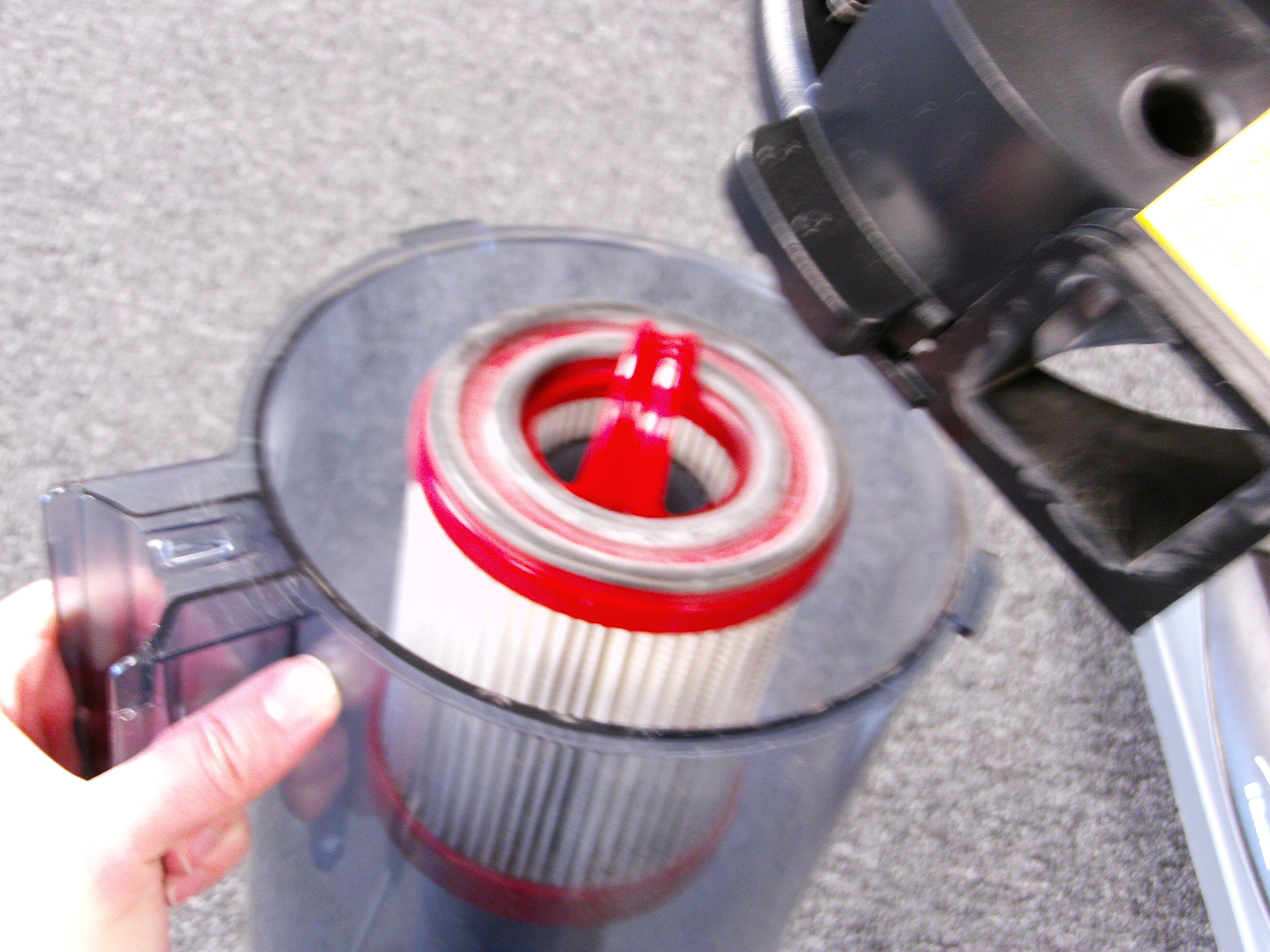 how to change filters on sanitaire commercial vacuums